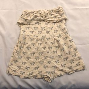 Other - Romper with bow design